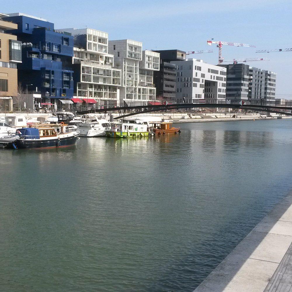 Photo de la place nautique de Lyon Confluence, projet où Korell a été economiste de la construction